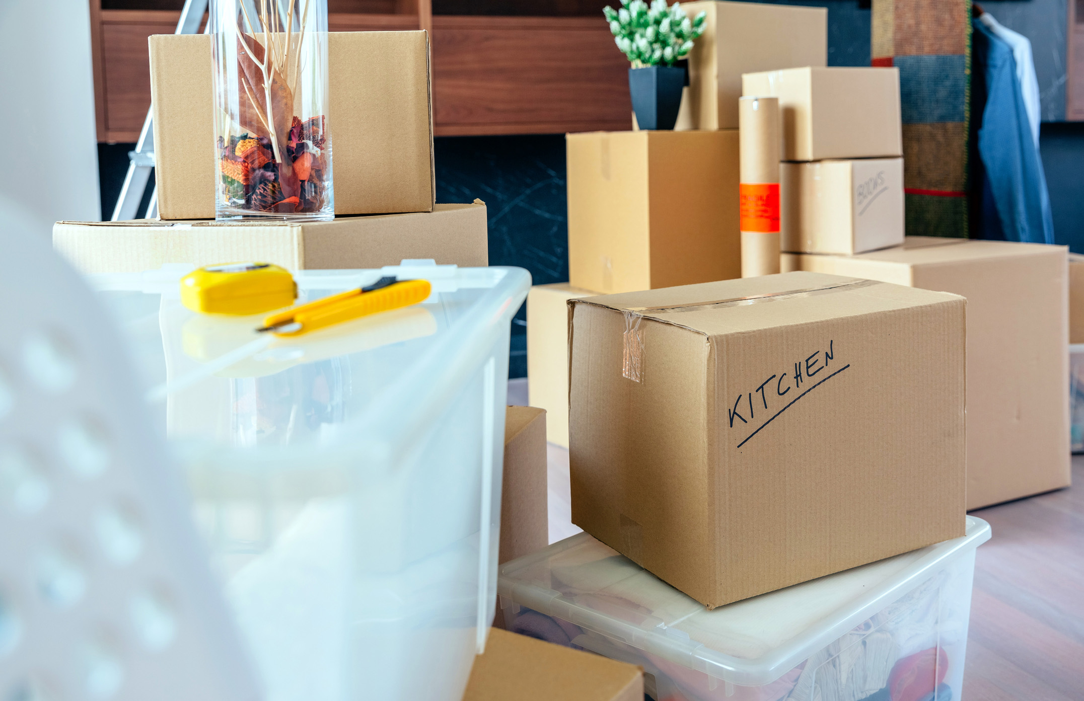 20 Tips for Perfectly Packing Your Belongings