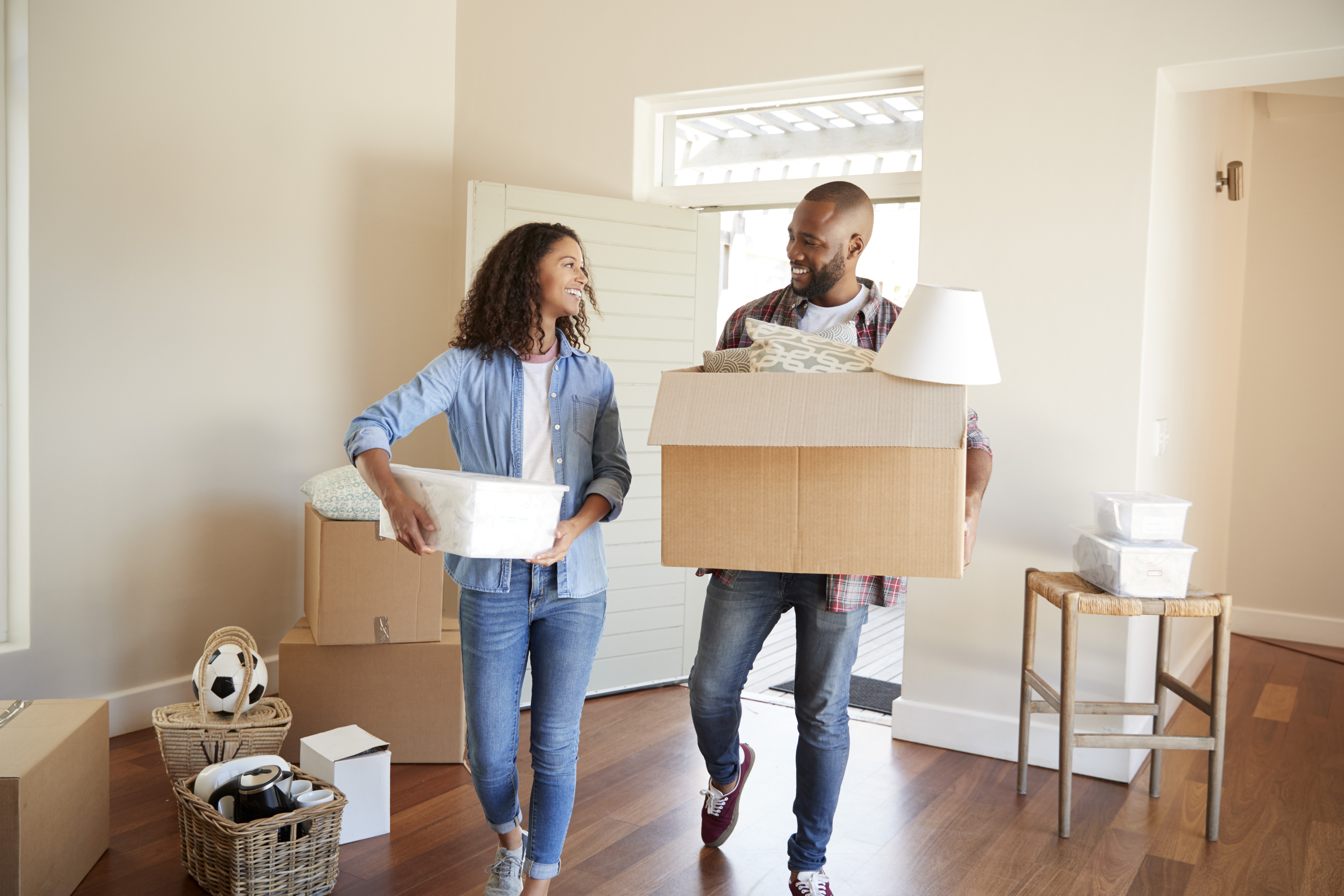 5 Helpful Tips to Make Moving in Together Painless